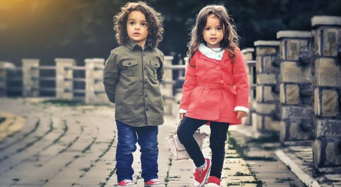 Как успешно да развием търговия с детски дрехи